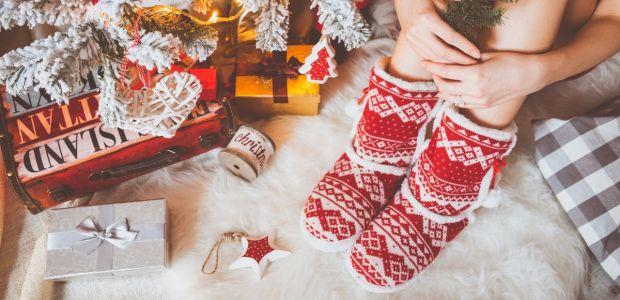 Kapcie świąteczne dla dzieci i rodziców: śmieszne i w renifery [BARDZO CIEPŁE!]