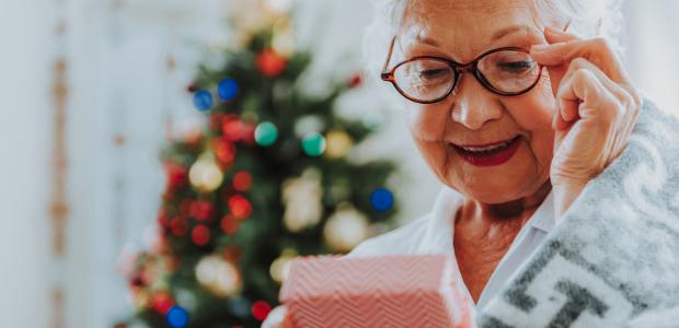 Co kupić babci na świeta? 10 pomysłów (już poniżej 30 zł!)