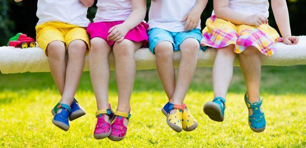 Jakie sandałki wybrać dla dziecka? Podpowiadamy!