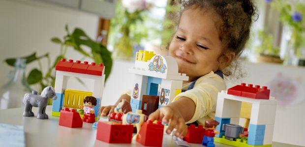 """Weź udział w testowaniu LEGO® DUPLO® """"Stajnia z kucykami"""""""