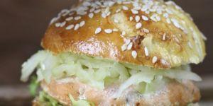 Fitburger z łososia - przepisy dla dzieci na Babyonline.pl