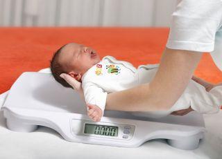 Jak zmienia się waga dziecka w pierwszym roku życia?