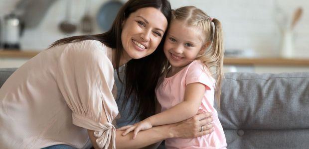 77 proc. Polaków, że rolą kobiety jest siedzieć w domu i wychowywać dzieci