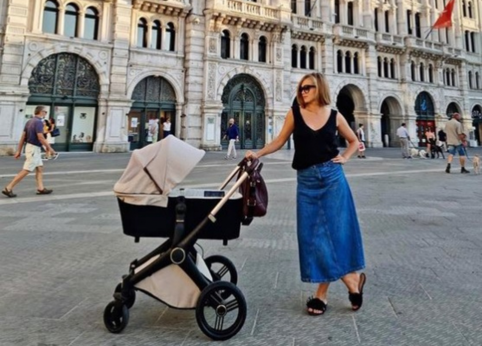 Agnieszka Kaczorowska pokazała wózek dla drugiej córki. Miała już podobne modele