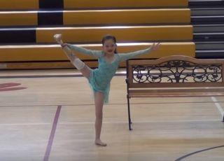 Alissa Sizemore podczas tańca