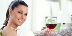 alkohol, ciąża, alkohol w ciąży, wino