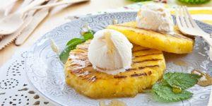 Ananas z lodami