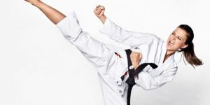 Anna Lewandowska ćwiczy karate