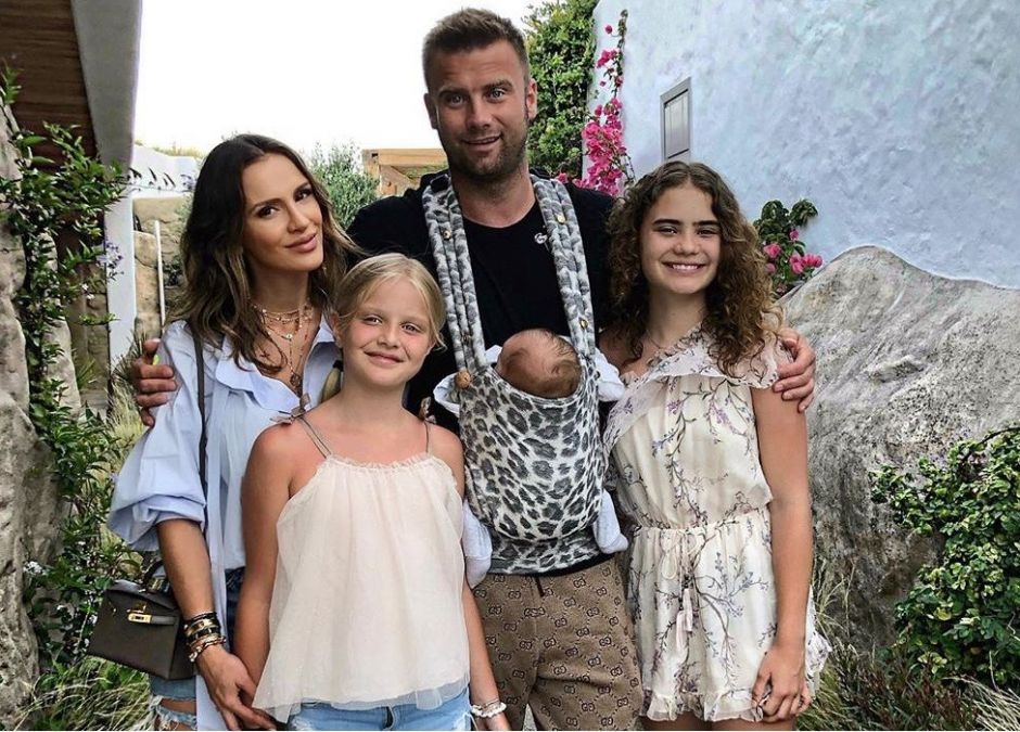 Artur Boruc z żoną Sarą i dziećmi