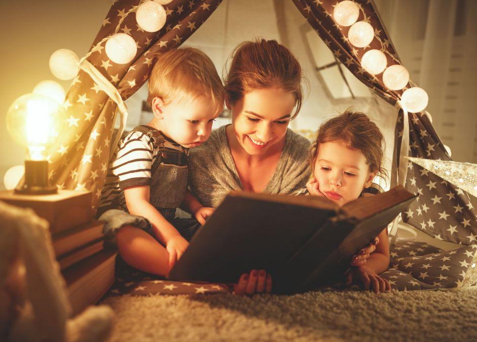 Audiobook czy czytanie na głos? Co lepsze dla dziecka
