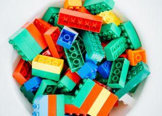 bakterie zabawki plastikowe