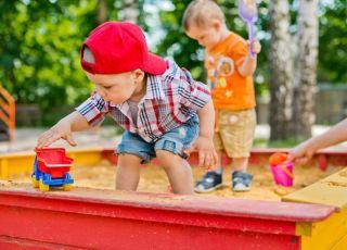 bezpieczeństwo na placu zabaw