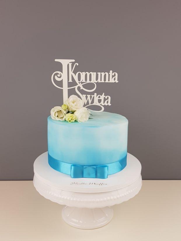 błękitny tort na komunię Słodki Muffin