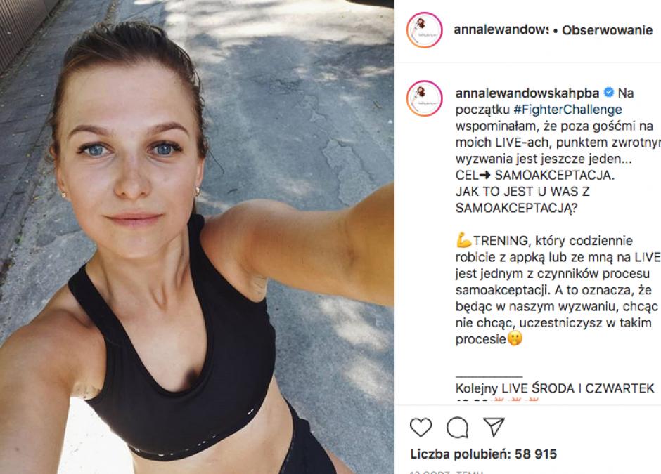 brzuch Ani Lewandowskiej