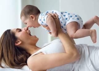 całowanie dzieci w usta, pocałunek w usta, czy całować dziecko w usta, choroby zakaźne, choroba pocałunków, pocałunek śmierci