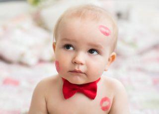 Całowanie dziecka