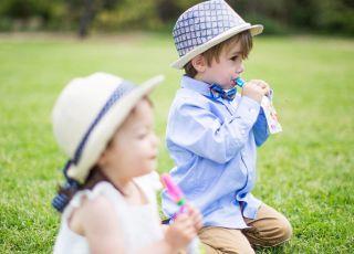 Fajny wynalazek na spacery i podróże z dzieckiem (przyda się też do przedszkola!)