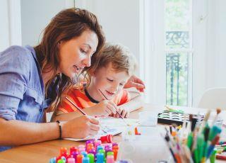 Chwalenie dziecka: jak robić to dobrze?