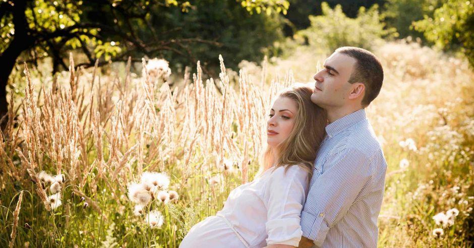 ciąża, emocje w ciąży, wątpliwości ciążowe, wsparcie w ciąży, hormony w ciąży, ciążowe zmiany, przygotowanie do narodzin dziecka