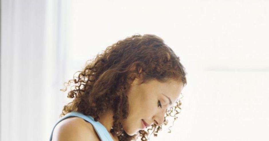 ciąża, okres w ciąży, miesiączka w ciąży, rozwój ciąży, kobieta w ciąży