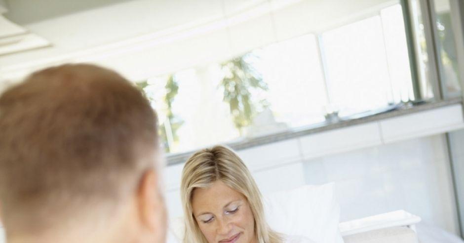 ciążowe dolegliwości, opuchnięcia nóg w ciąży
