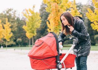 co robić kiedy dziecko płacze w wózku