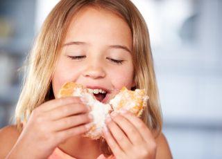 Czy dziecko może jeść pączki?