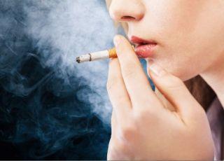 czy można brać tabletki antykoncepcyjne, jeśli pali się papierosy