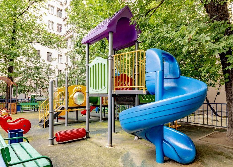 Czy można iść z dzieckiem na plac zabaw podczas kwarantanny?