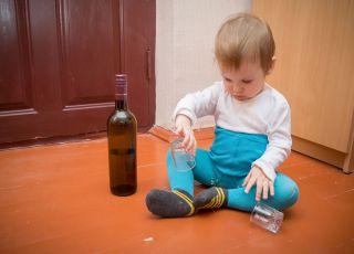 Czy można pić alkohol przy dziecku?