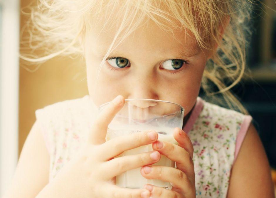 Czy podczas przeziębienia można pić mleko?