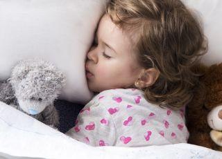 Moczenie nocne u dziecka – jak sobie z nim radzić?