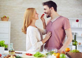 dieta płodności, kobieta i mężczyzna, jedzenie