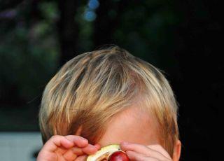 dlaczego dzieci kłamią