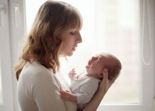 długotrwały płacz niemowlaka