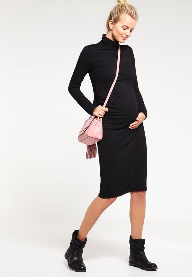 Czarna sukienka ciążowa - seksowna!