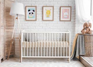 Drewniane łóżeczka niemowlęce dopasowane do potrzeb dziecka