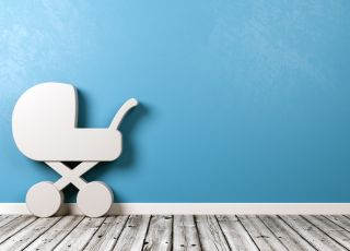 Drewniany wózek dla lalek – 10 modeli, które zachwycą twoje dziecko [Przegląd]
