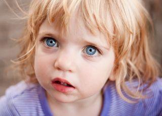 Dzieci doświadczające przemocy w dzieciństwie częściej jako dorośli popełniają samobójstwo
