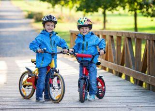 5 sportów, które możesz uprawiać z dzieckiem do późnej jesieni