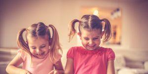 dzieci, puzzle, układanka, dziewczynki