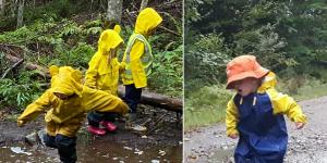 Dzieci w leśnym przedszkolu