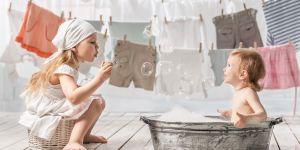 dzieci w pralni
