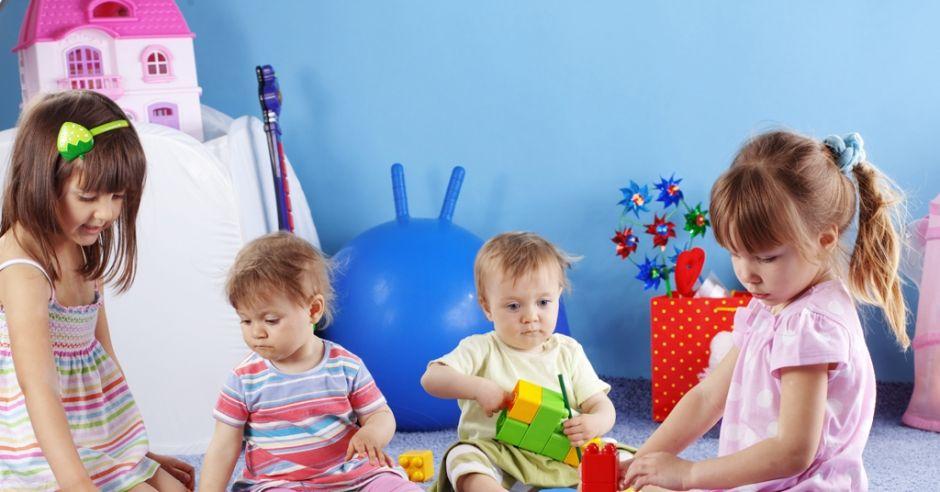 dzieci, wzrost, rozwój, zabawa, siatki centylowe