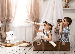 Dzieci, zabawa w piratów, piraci, dziecięca wyobraźnia