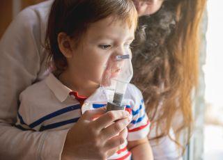 dziecko, astma, alergia, inhalacja