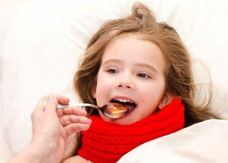 dziecko, dziewczynka, choroba, leki, syrop
