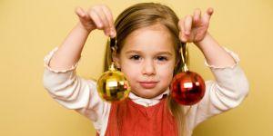 dziecko, dziewczynka, święta, Boże Narodzenie, bombki