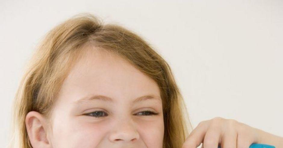 dziecko, dziewczynka, zęby, szczoteczka do zębów