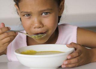 dziecko, dziewczynka, zupa, kuchnia, obiad, jeść